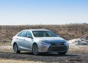 2015 Toyota Camry - image 549229