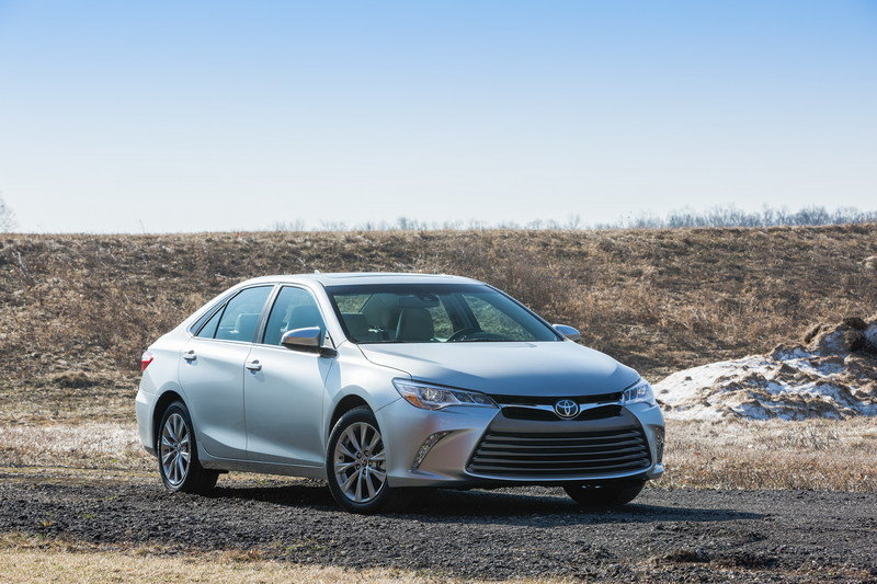 2015 Toyota Camry Exterior - image 549229