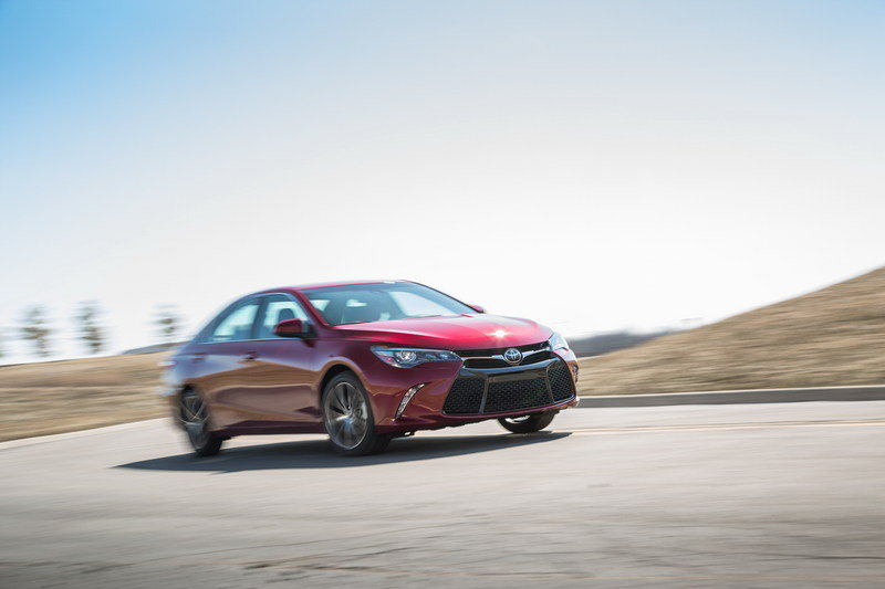 2015 Toyota Camry High Resolution Exterior - image 549288