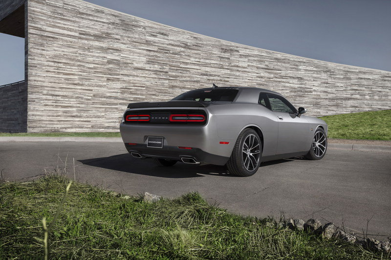 2015 Dodge Challenger 392 HEMI Scat Pack Shaker High Resolution Exterior - image 549766