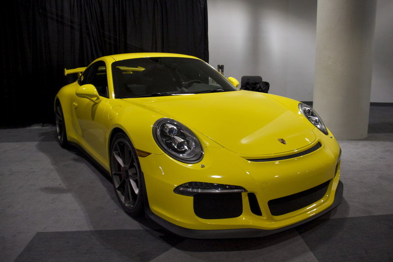 Porsche 911 GT3 Named 2014 World Performance Car