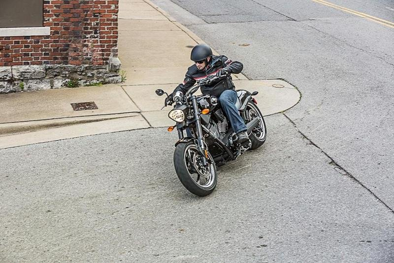 2014 Victory Hammer 8-Ball Exterior - image 548301