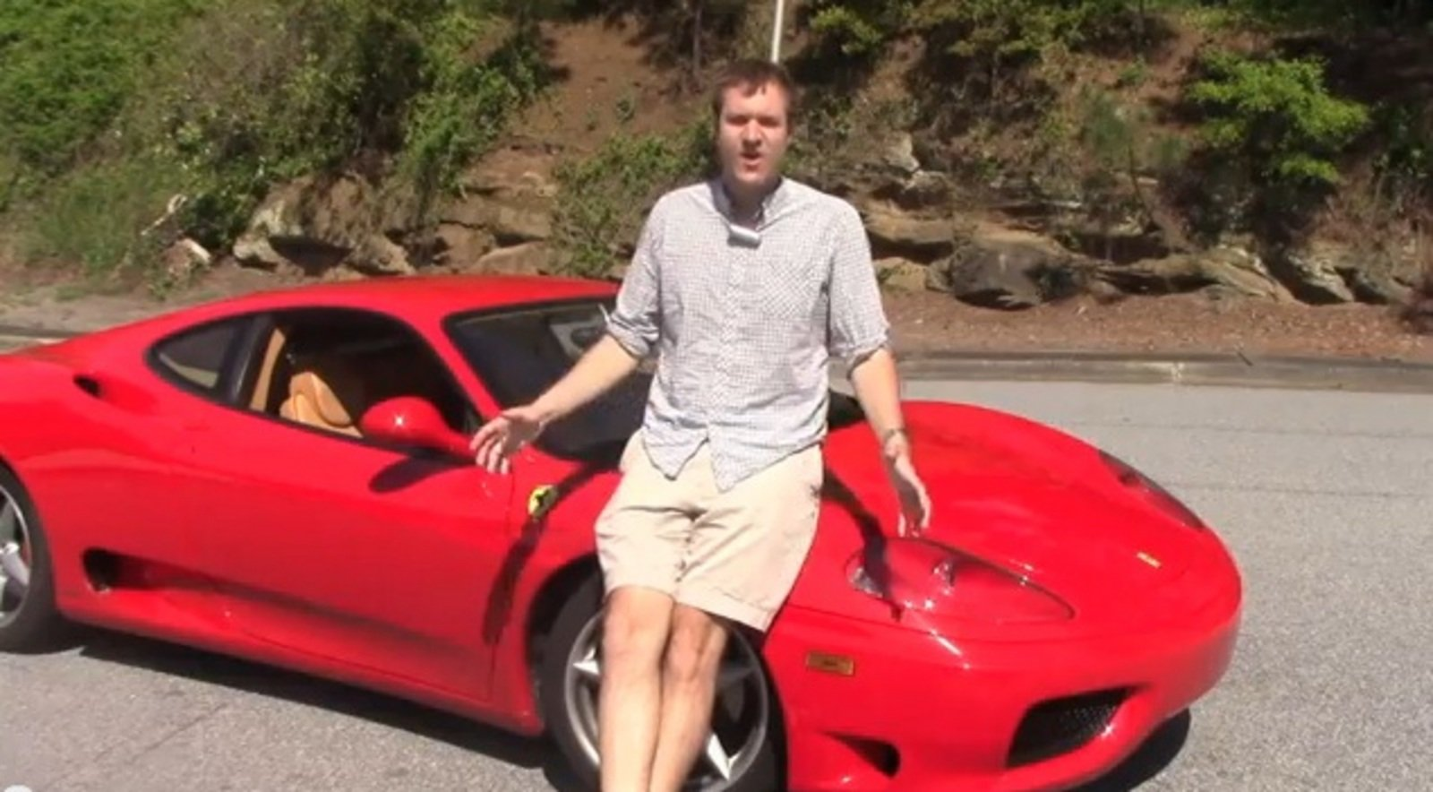 Car Driving Games >> Video: Guy Invites 20 Of His Friends To Drive His Ferrari ...