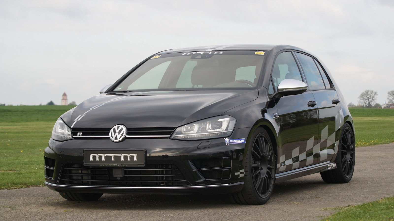 2014 volkswagen golf 7 r 4motion by mtm review top speed. Black Bedroom Furniture Sets. Home Design Ideas