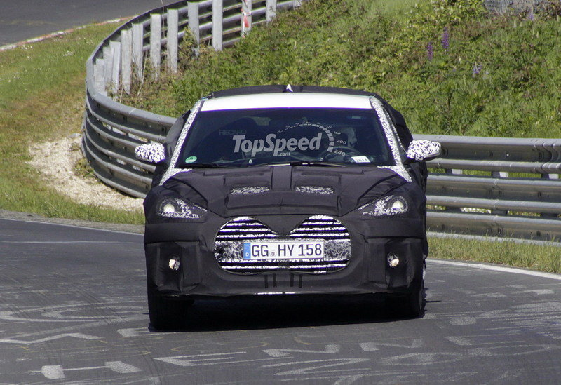 Spy Shots: 2015 Hyundai Veloster Turbo Takes its First Test on the Nurburgring Exterior Spyshots - image 552241