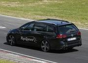 Spy Shots: 2015 Volkswagen Golf R Variant Laps the Nurburgring - image 553048