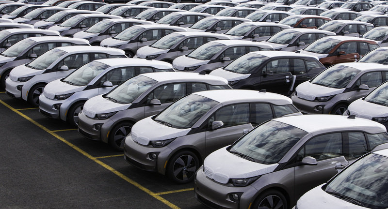 BMW Delivers First All-Electric i3 in United States