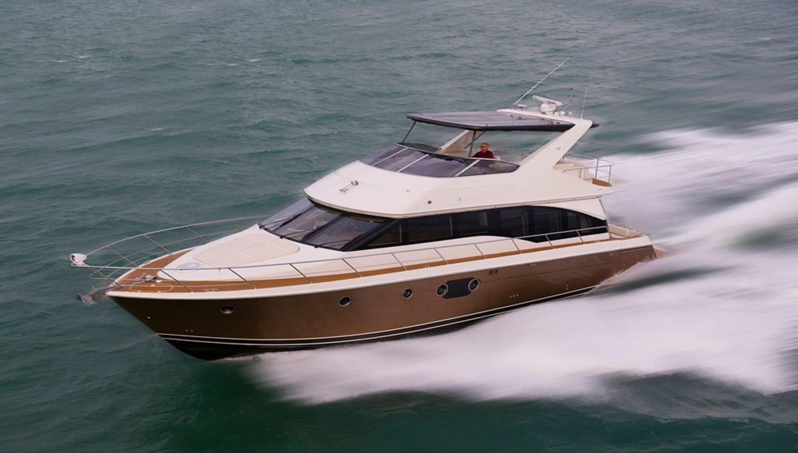 2014 Carver Yachts 54 Voyager Review - Top Speed