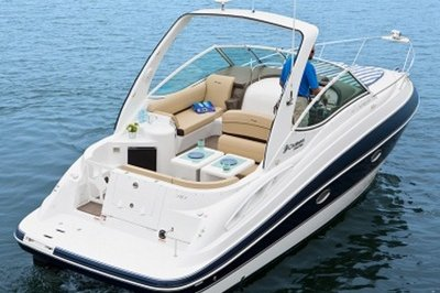 2014 Cruisers Yachts 310 Express Exterior - image 551155