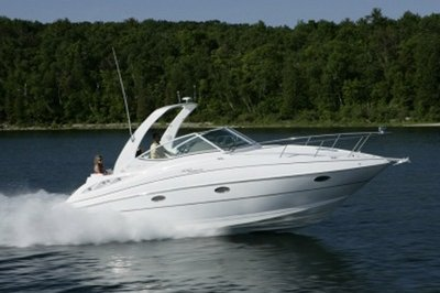 2014 Cruisers Yachts 310 Express Exterior - image 551156