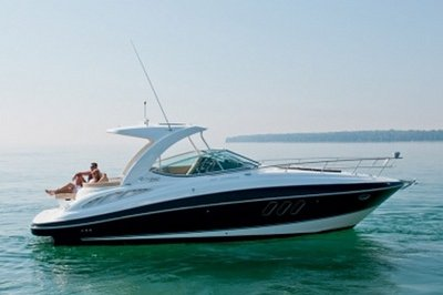 2014 Cruisers Yachts 350 Express Exterior - image 551166