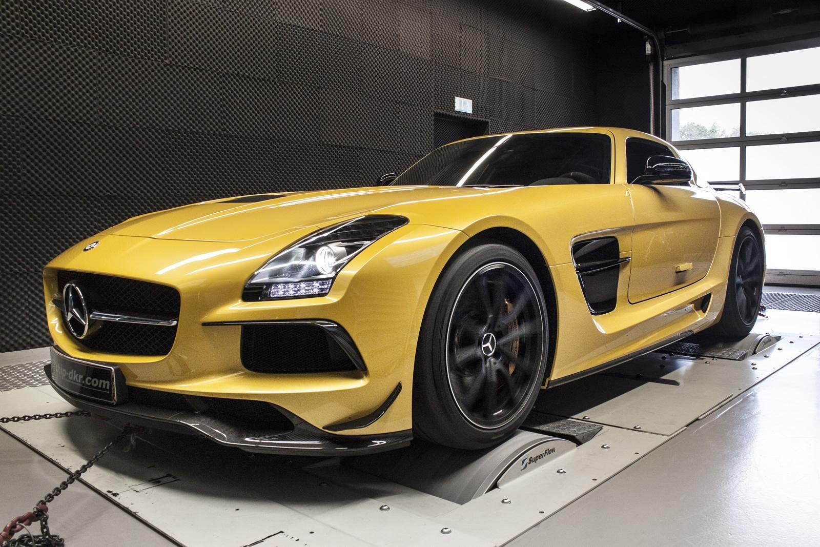 2014 MercedesBenz SLS 63 AMG Black Series By Mcchip Review  Top