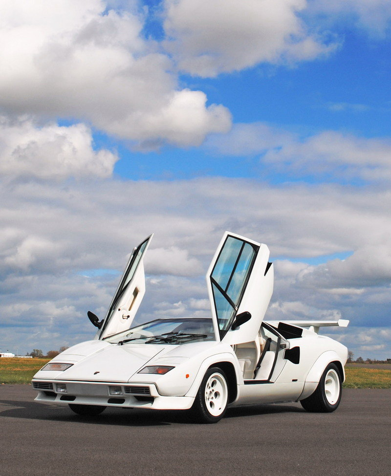 rare 1982 lamborghini countach will cross the auction block news top speed. Black Bedroom Furniture Sets. Home Design Ideas
