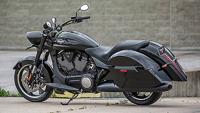 2014 Victory Cross Roads 8-Ball Exterior - image 552021