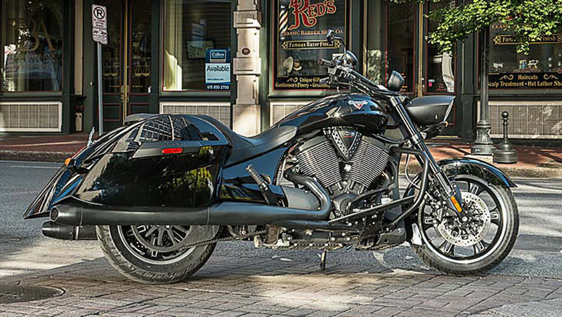 2014 Victory Cross Roads 8-Ball Exterior - image 552022