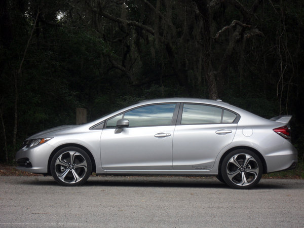 2014 honda civic si sedan driven car review top speed. Black Bedroom Furniture Sets. Home Design Ideas