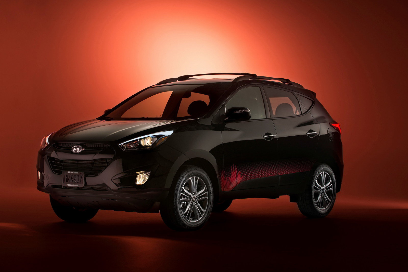 2014 hyundai tucson walking dead edition review top speed. Black Bedroom Furniture Sets. Home Design Ideas