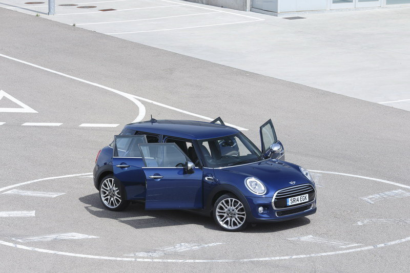 2014 Mini Cooper 5-Door High Resolution Exterior - image 554988