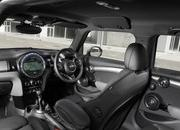 2014 Mini Cooper 5-Door - image 554996