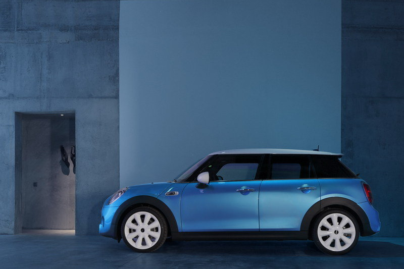 2014 Mini Cooper 5-Door High Resolution Exterior - image 554901