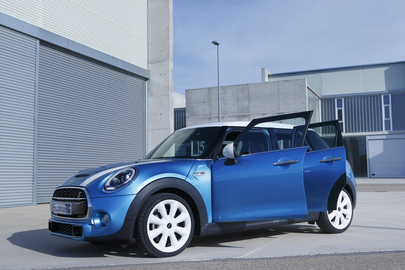 2014 Mini Cooper 5-Door High Resolution Exterior - image 554927