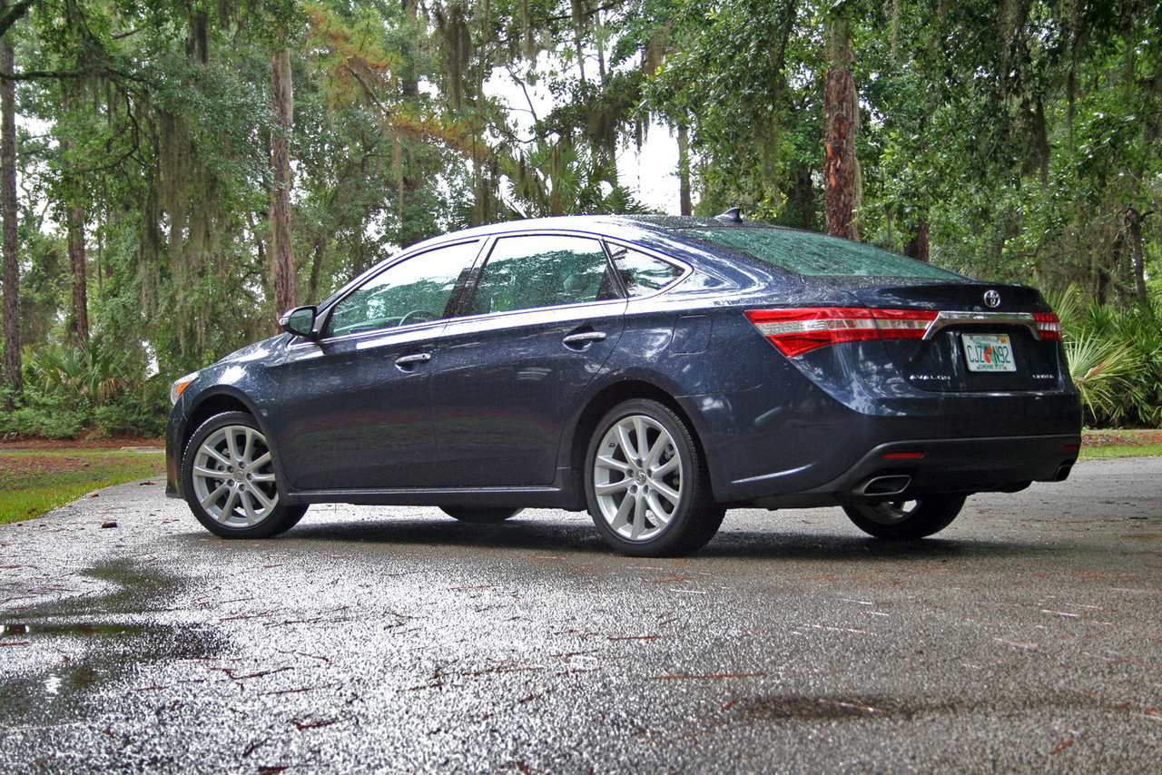 2014 toyota avalon driven picture 554725 car review top speed. Black Bedroom Furniture Sets. Home Design Ideas