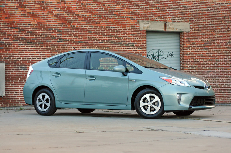 2014 Toyota Prius - Driven High Resolution Exterior - image 557360