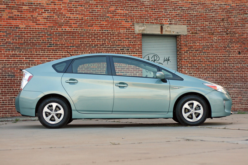 2014 Toyota Prius - Driven High Resolution Exterior - image 557361