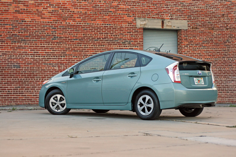 2014 Toyota Prius - Driven High Resolution Exterior - image 557364
