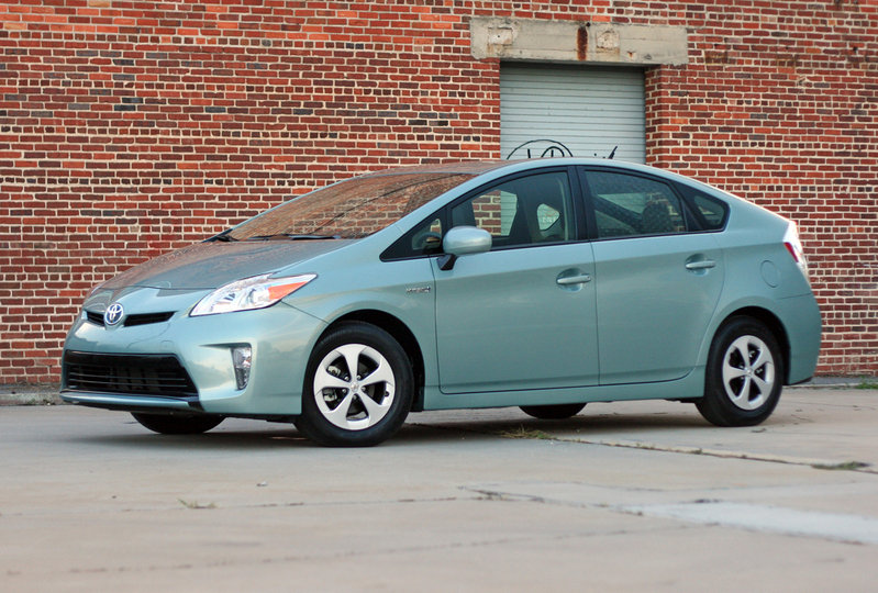 2014 Toyota Prius - Driven High Resolution Exterior - image 557342