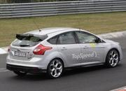 Spy Shots: 2015 Ford Focus RS Caught During its First Testing Session - image 557727