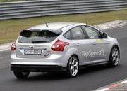 Spy Shots: 2015 Ford Focus RS Caught During its First Testing Session - image 557728