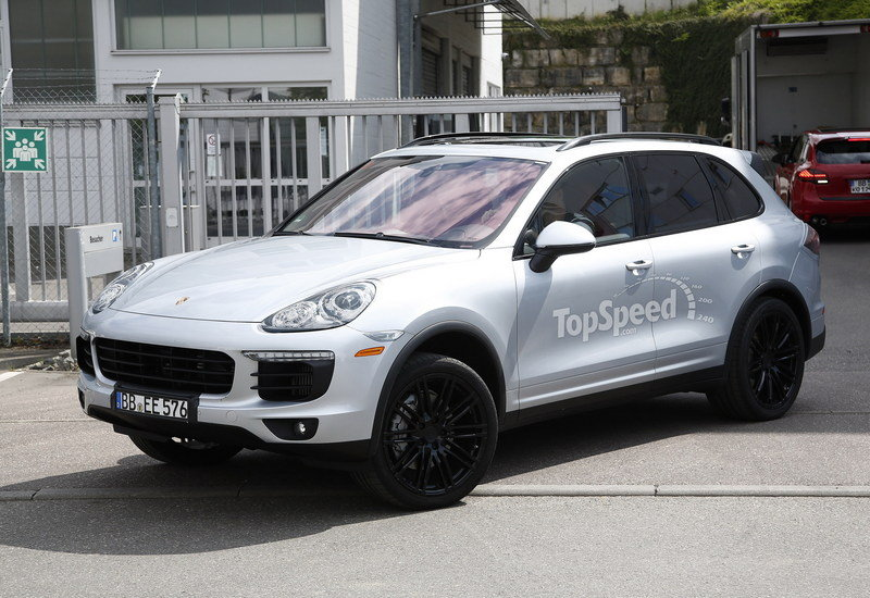 Spy Shots: Revised Porsche Cayenne Caught Testing Almost Naked