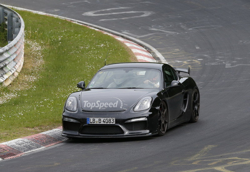 Spy Shots: Porsche Cayman GT4 Caught Testing at Nurburgring Exterior Spyshots - image 555673