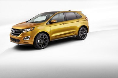 2015 Ford Edge - image 557596