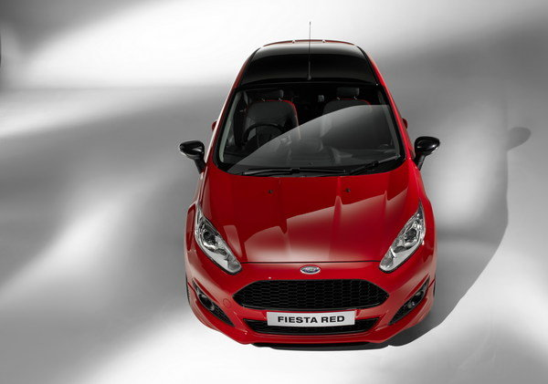 2014 ford fiesta black and red edition car review top speed. Black Bedroom Furniture Sets. Home Design Ideas