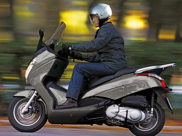 2014 honda s wing 125 motorcycle review top speed. Black Bedroom Furniture Sets. Home Design Ideas