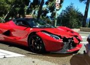 LaFerrari Crashes into a VW Golf and Loses - image 558205