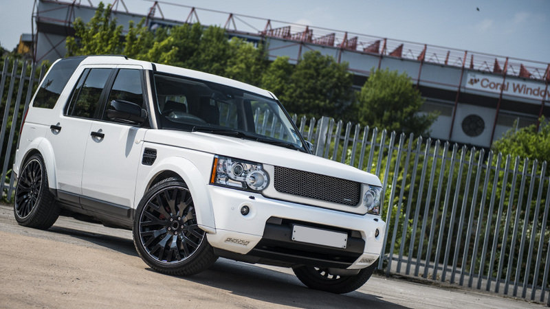 2014 Land Rover Discovery 3.0 TDV6 By Kahn Design