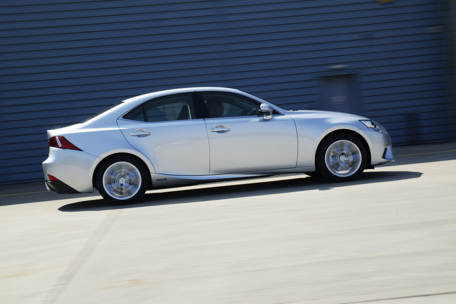 2014 lexus is 300h executive edition review top speed. Black Bedroom Furniture Sets. Home Design Ideas