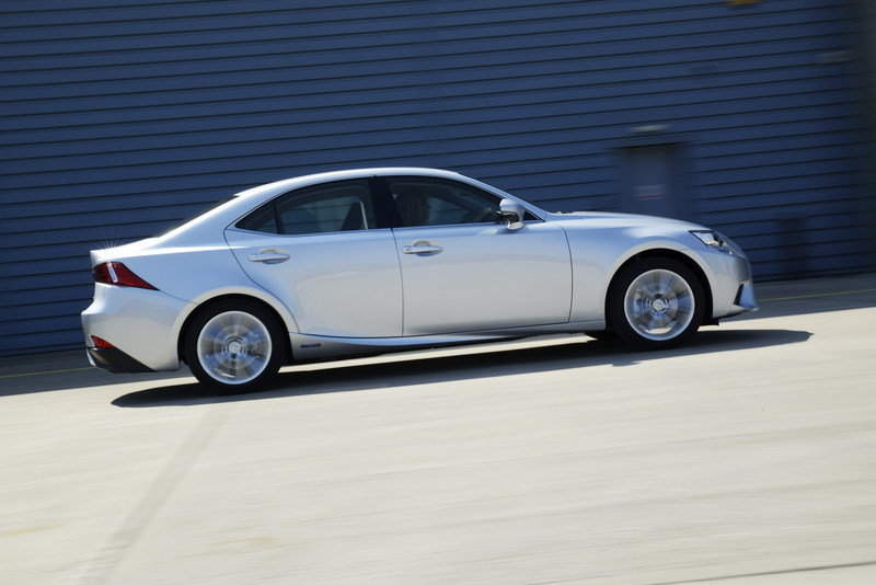 2014 Lexus IS 300h Executive Edition