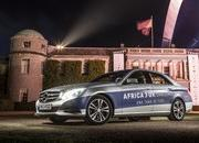 Mercedes-Benz E 300 BlueTEC Hybrid Drives 1,223 Miles on a Single Tank of Fuel - image 557910