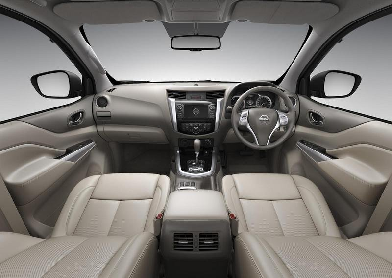 2015 Nissan NP300 Navara High Resolution Interior - image 555706