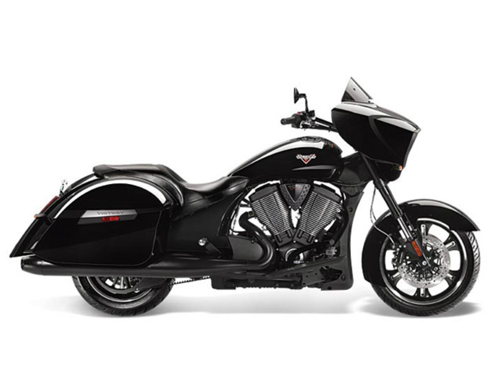 2014 Victory Cross Country 8 Ball Review Top Speed