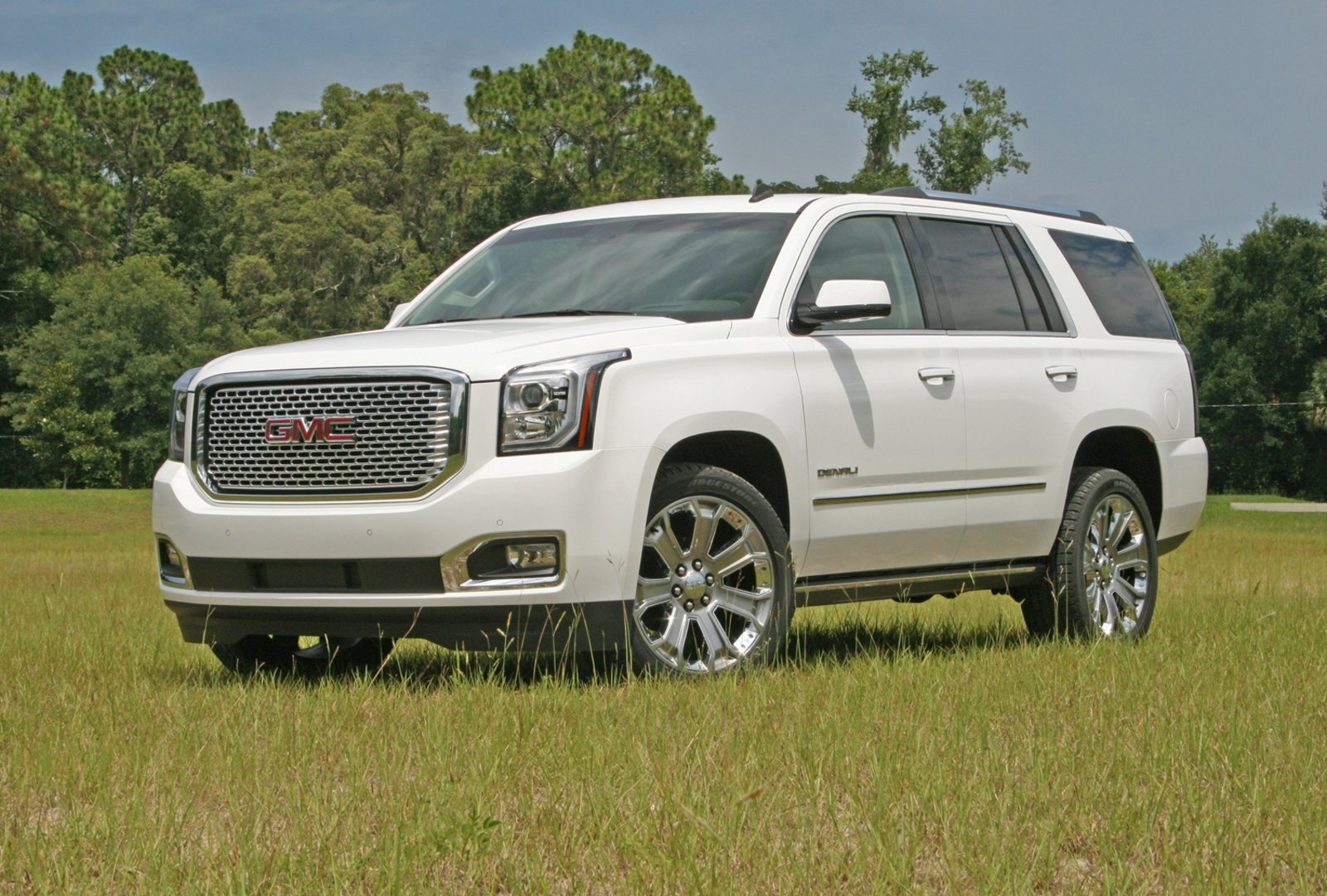 2015 gmc yukon denali driven review top speed. Black Bedroom Furniture Sets. Home Design Ideas