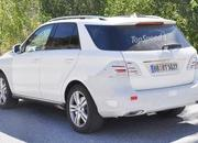 Spy Shots: Mercedes M-Class Caught Testing in Europe - image 561606
