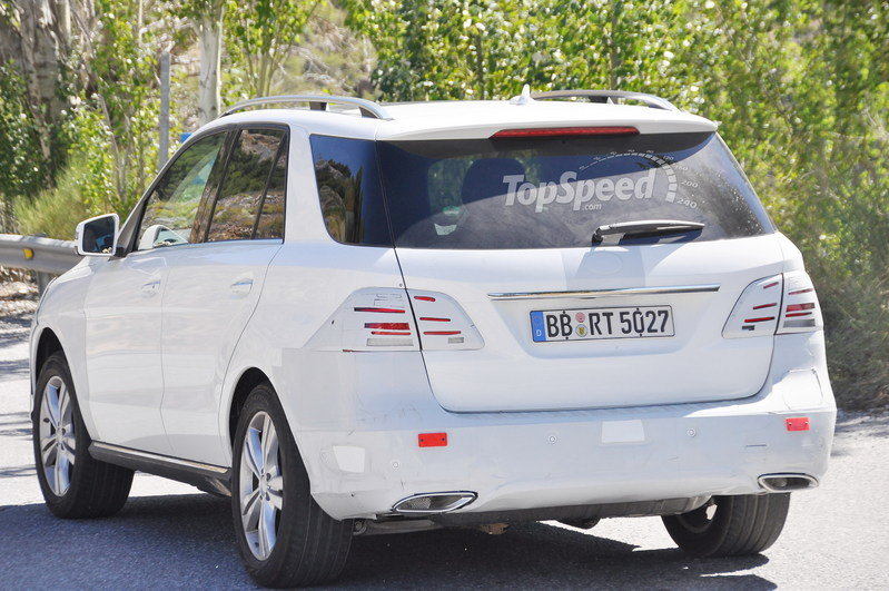 Spy Shots: Mercedes M-Class Caught Testing in Europe Exterior Spyshots - image 561607