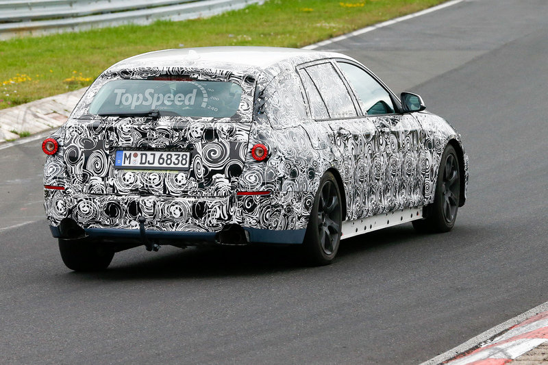 Spy Shots: BMW 5 Series Touring Reveals its Interior