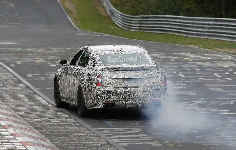 Spy Shots: Cadillac CTS-V Smokes its Tires on the Nurburgring Exterior Spyshots - image 560119