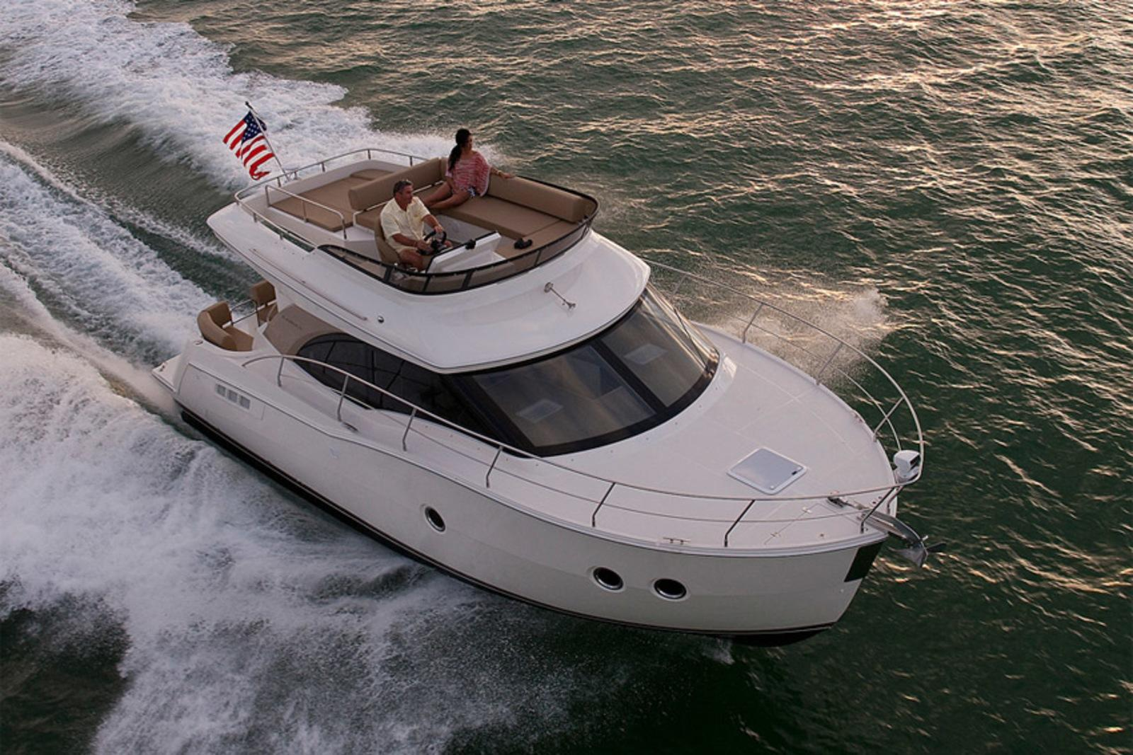 2014 Carver Yachts C34 Review - Top Speed
